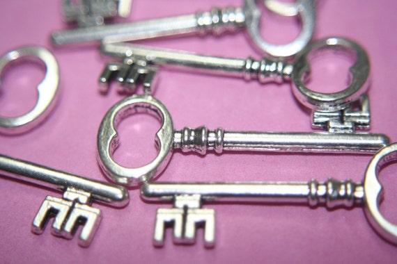 Antique Silver Key Royal Pendants - 40mm x 16mm  - 36 pcs