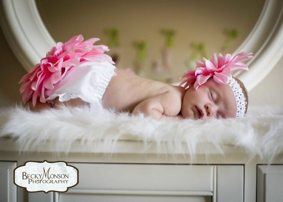 Baby Headband and Flower Diaper Cover....Baby Bloomers and Headband...Light pink Dahlia Blossomed Baby Bloomer set