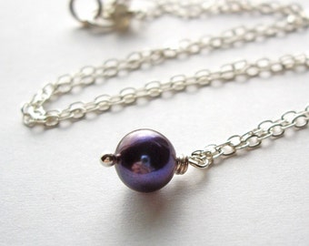 Momi - Necklace / Freshwater Pearl, Labradorite, Sterling Silver