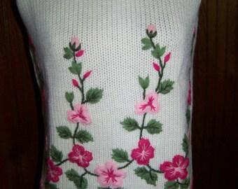 Sale 12 Vintage Evan Picone wool tank sweater