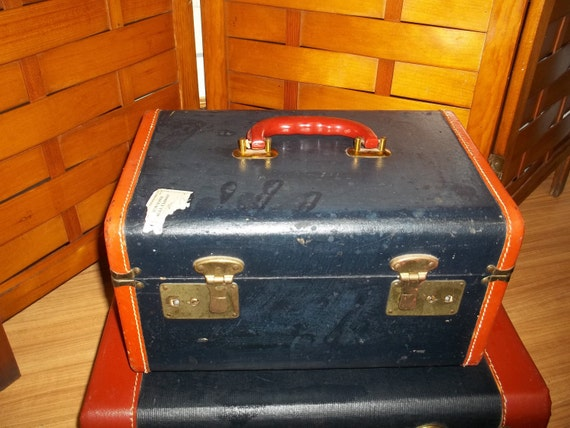 Vintage navy and brownish red leather train case