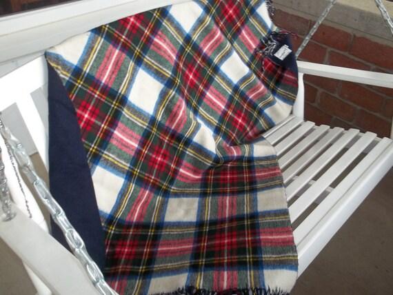 Vintage Saks fifth Avenue pure wool Baby blanket