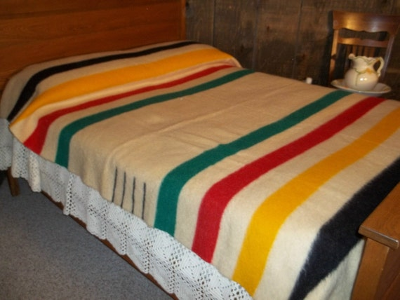 Vintage Trapper Point Wool Blanket Four Point