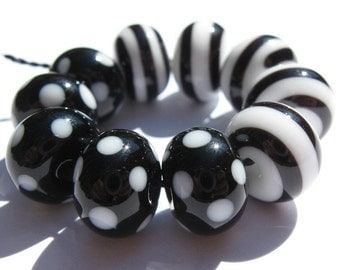 Black and White Minis (10) Lampwork Beads -SRA
