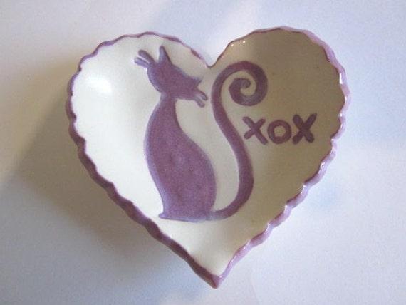Kitty heart tray, ring holder, ring bowl, XOX text, Cat tray porcelain pottery C