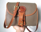 DOONEY & BOURKE tan shoulder purse