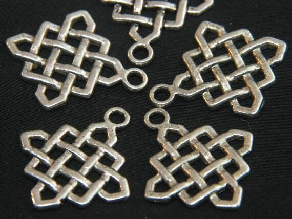 SUMMER SALE 50 off Celtic Knots - Charms - Large - 25 m - 10 pcs