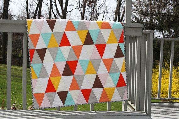 Isosceles Triangle Baby Quilt