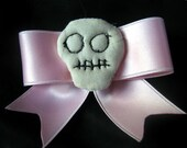 Pink bow with embroidered skull hairclip barette emo goth punk