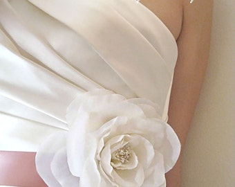 Weddings Accessories Bridal Sash, Garden Rose - flower sash, bridal belt, white, ivory, pink, blush, somthing blue