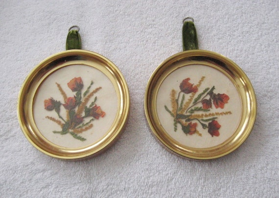 Vintage pair of 50s or 60s Oval Pressed Flower Pictures Floralp Tyrol Austria