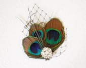 Peacock Mini - Feather Fascinator with Rhinestone Jewel and French Veiling - Bridal Veil Clip