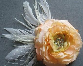 Silk Flower Hair Clip Wedding Hair Flower, HEADPIECE BRIDAL FASCINATOR Realistic bridal shower Peach Ranunculus, Brooch Pin Clip Comb