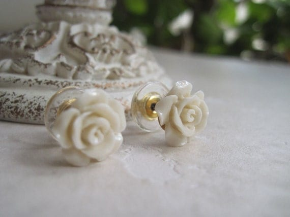 Vintage Style Carved Coral Flower Post Earrings - Ivory