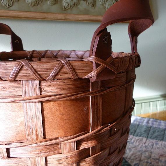 Wooden Bottom Waste Basket