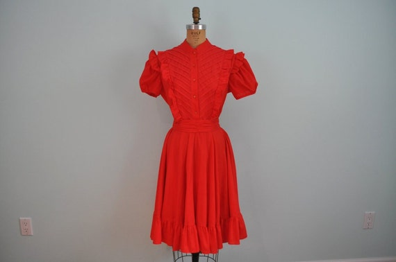 vintage day dress red ruffle puff sleeve S/M