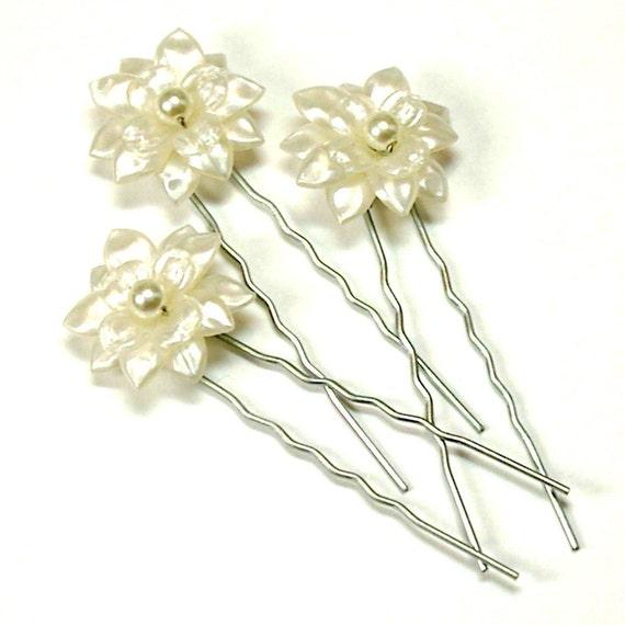 Fiona Ivory Flower Bridal Hair Pins by tilleyjewelsbride ...