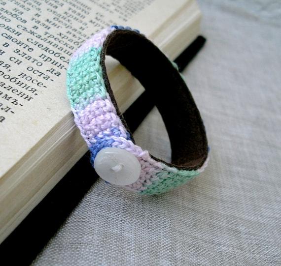 Baby Bracelet - Crochet Children's Cuff Bracelet - Baby Jewelry - Pastel Colors - Thin Cotton and Suede Leather Bracelet