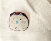 Cat Brooch Handpainted - Mau mau Cat - Cute art brooch in cotton