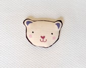 Happy Bear Brooch Handpainted - Bau bau bear - Cute art brooch in cotton - teconlene