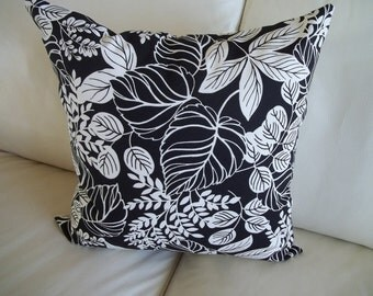 SALE Set of 2 Throw Pillow Covers Botanical Fern 18 x 18 Black & White