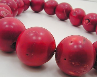 Red Coral, Huge Red Coral Beads 26mm Rare Big Round Red Bamboo Coral (16 pcs) RC3390