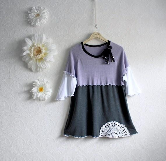 Plus Size Shabby Chic Tunic Top 1X Lavender Purple Gray Women's Upcycled Shirt XXL 'NATASHA'