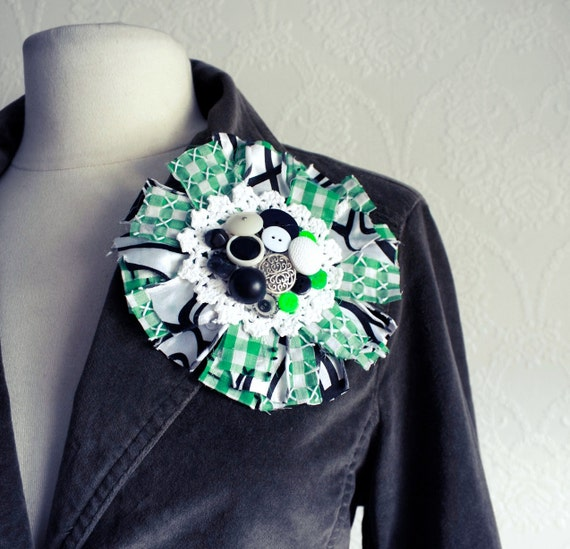 Green Gingham Flower Lapel Pin Large Fabric Brooch Black and White Bohemian Jewelry Vintage Buttons Lace Hat Pin