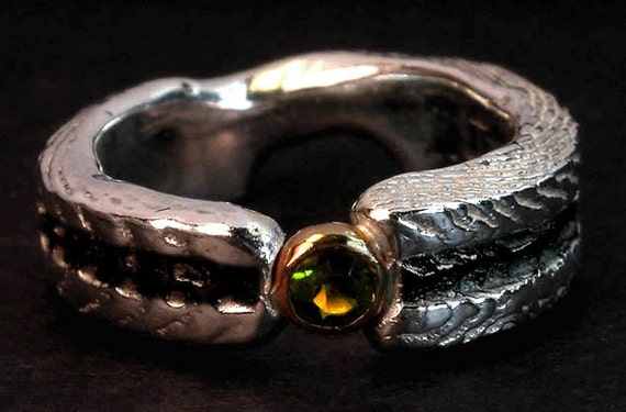 Cuttlefish Cast Green Garnet Ring