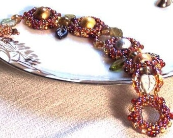 Art Deco Beaded Bracelet in Precious Metal Colors