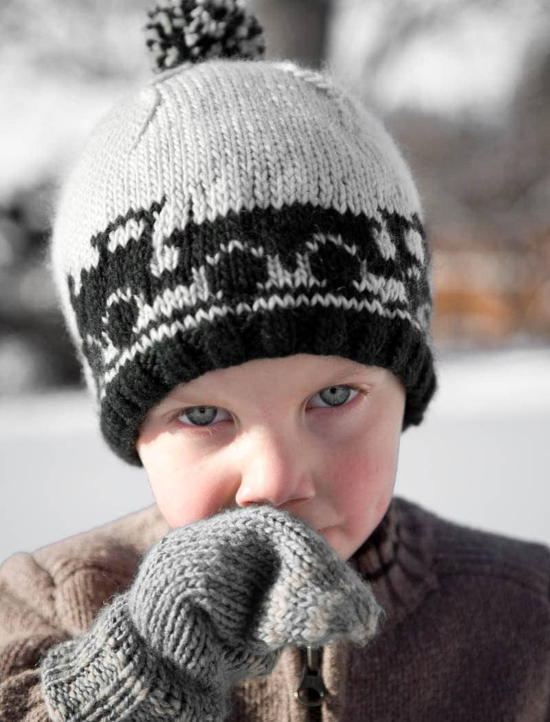 Knit Children's Hats. These knit childrens hat patterns are adorable knit hats for kids and they come in all shapes and sizes. You'll find animal patterns and colorful knit patterns among many other designs.