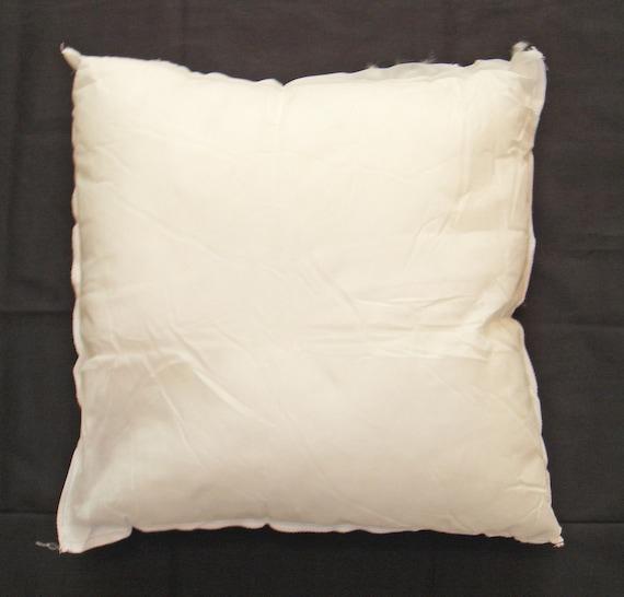 1 Pillow Insert - Polyfil Cushion - Throw Pillow