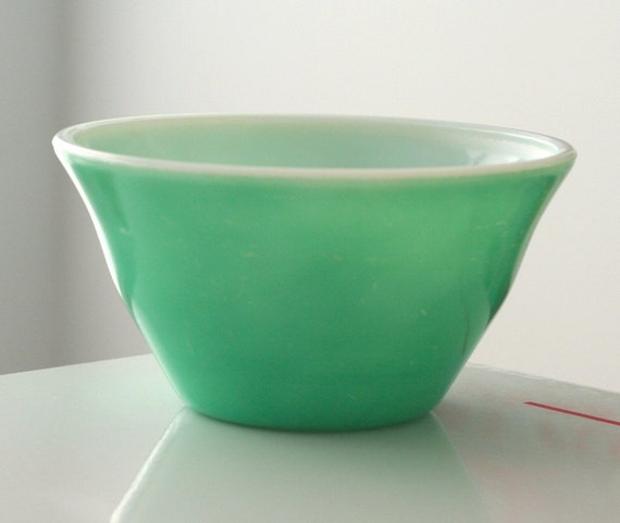 "McKee Green Fired-On 7"" Bell Bowl"