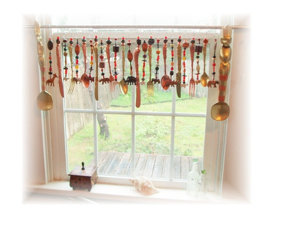 Jungle Jive Flatware Beady Animal Valance Window Treatment Valance