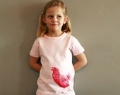 Organic cotton t-shirt with hen print 2 years