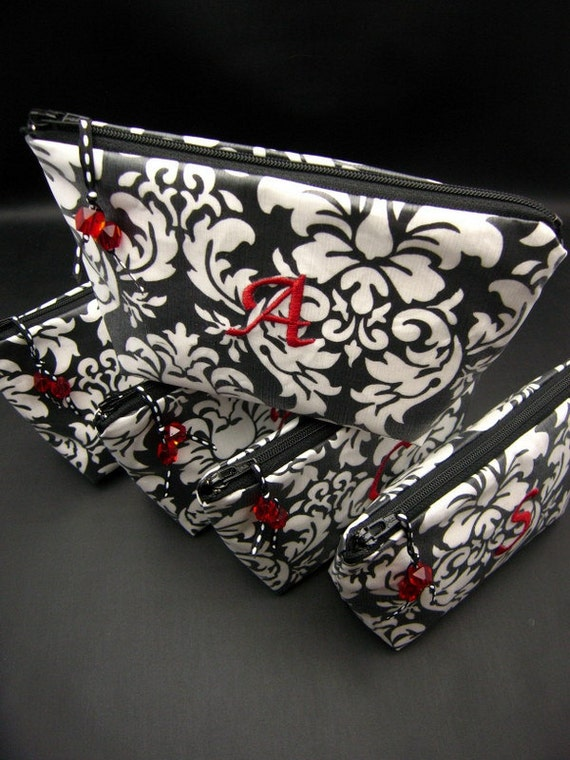 Custom Listing for Jennifer Thomas - 5 Makeup Bags - Cosmetic Bags for Bridesmaids - Wipeable and Monogrammed - pick your colors