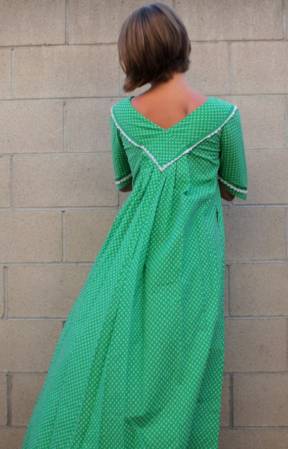 WINTER SALE christmas kelly green vintage hawaiian mu mu dress
