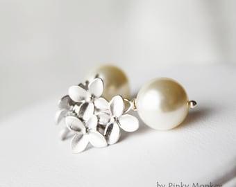 Swarovski Crystal Pearls Gold/Silver Flowers Sterling silver Stud Earrings,Bride gift,wedding,Pearl,Pearl Jewelry,Etsy weddings