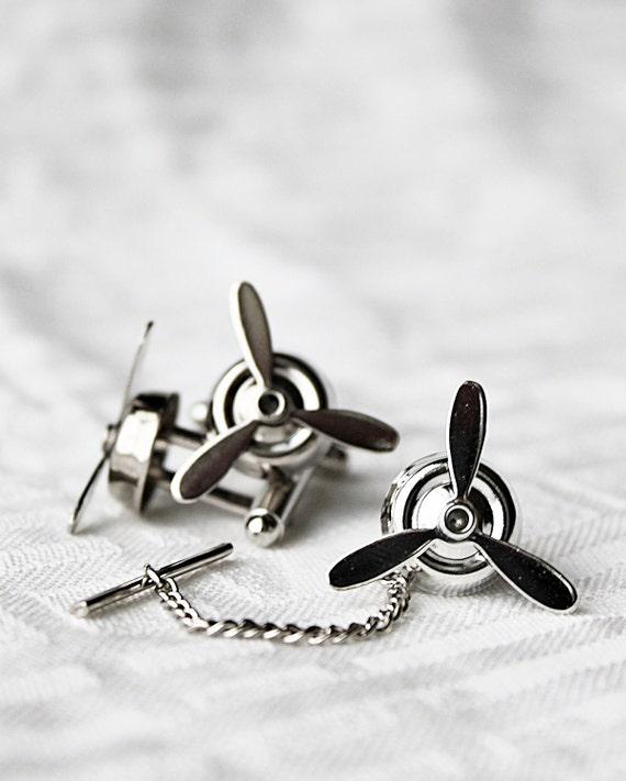 Silver Airplane PROPELLER Tie Tack- Aviator, wedding,groom gift,brothers,father's day,Steampunk,best Man Gifts,ETSY Weddings