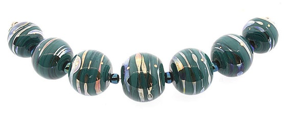 Handmade Forest Green Glass Graduated Round Lampwork Beads