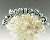 pattern bead set , turquoise and black beads