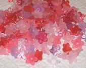 100 Acrylic Flower Beads - Sweetheart - 9mm