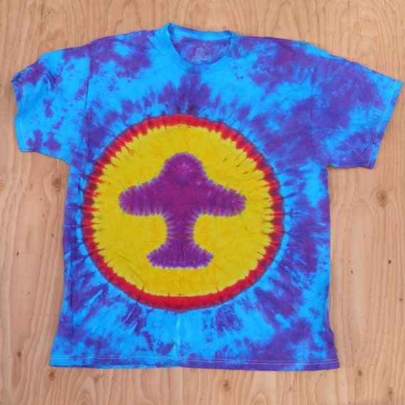 Purple and Blue Mushroom Tie Dye T-Shirt (Fruit of the Loom Size XL) (One of a Kind)