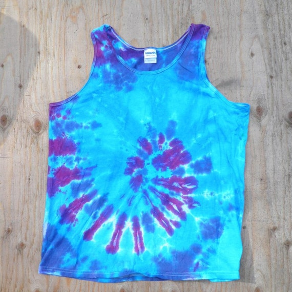 Blue Spiral Tie Dye Tank Top (Fruit of the Loom Size L) (One of a Kind)