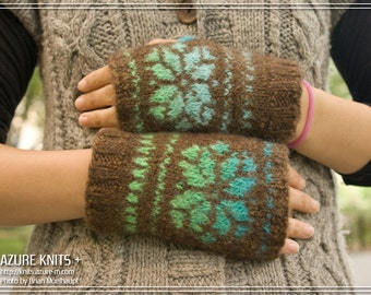 Wrist Warmers // Hand-Knitted Hand-Felted - SNOWFLAKE