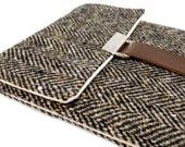 Kindle case / Nook case - black and brown herringbone tweed