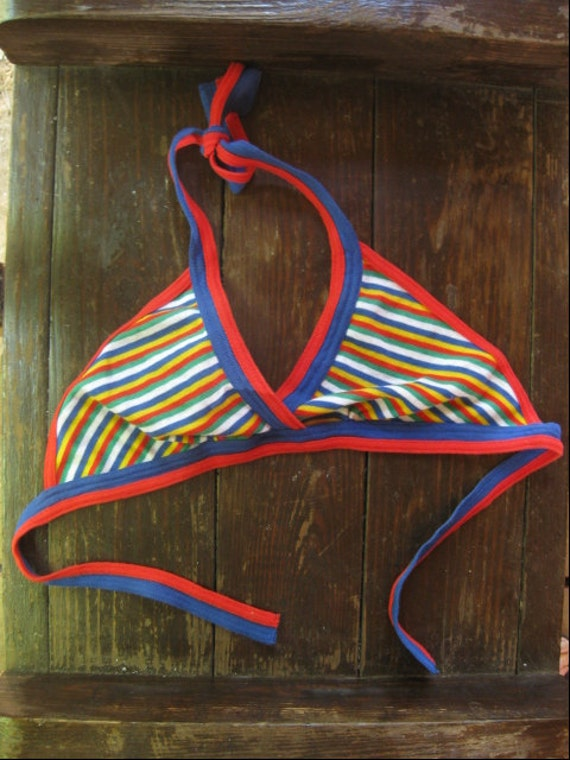 VINTAGE 70s halter top... rainbow foxy