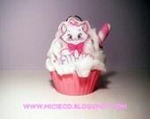 Cat Marie Aristocat Mini Cupcake Ornament