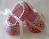 Pixie ToesCountry Chic Gingham in Pink or Yellow