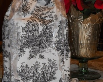 Black and White / Red and Cream / Blue and White / Blue and Yellow /Brown and Cream Toile Shoebag / Storage / Travel Tote / Purse Storage